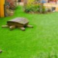 10 фото: искусственный газон в ландшафтном дизайне
