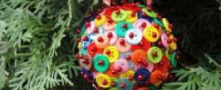 Новогодний шар из пуговиц своими руками. 10 фото
