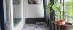 Спальное место на балконе. Дизайн 10 фото