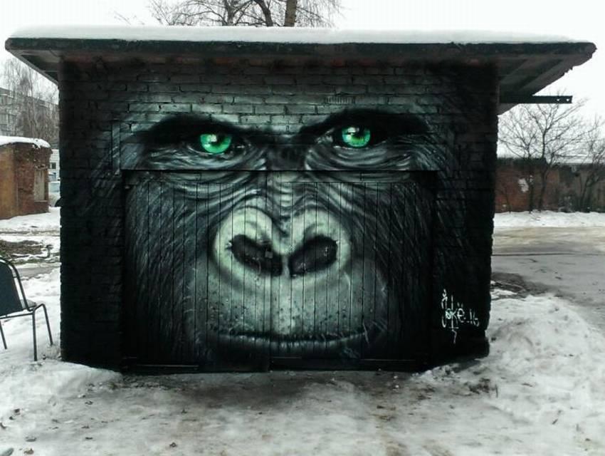 используйте смешные картинки на ворота гаража саду