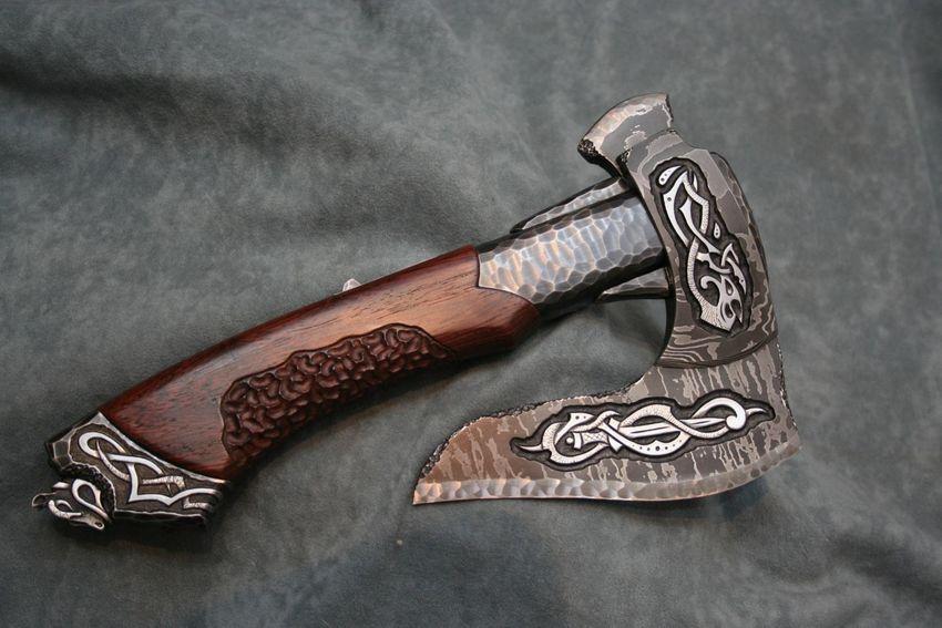 топор викингов фотки