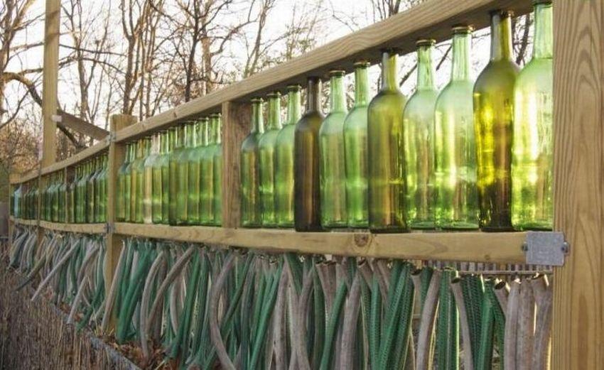 заборы из бутылок фото став