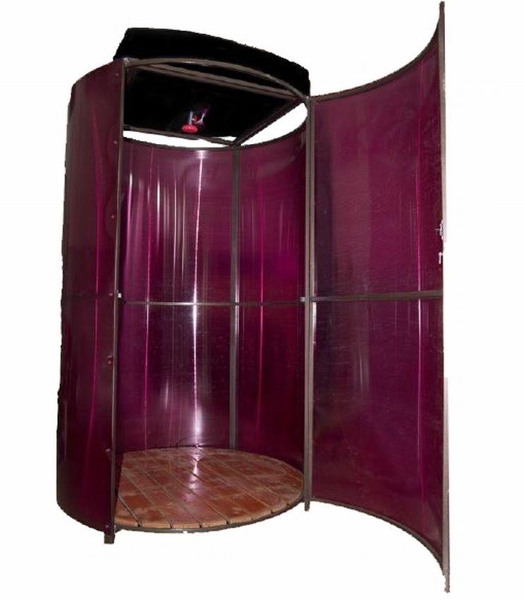 Летний душ сексапильной Stina
