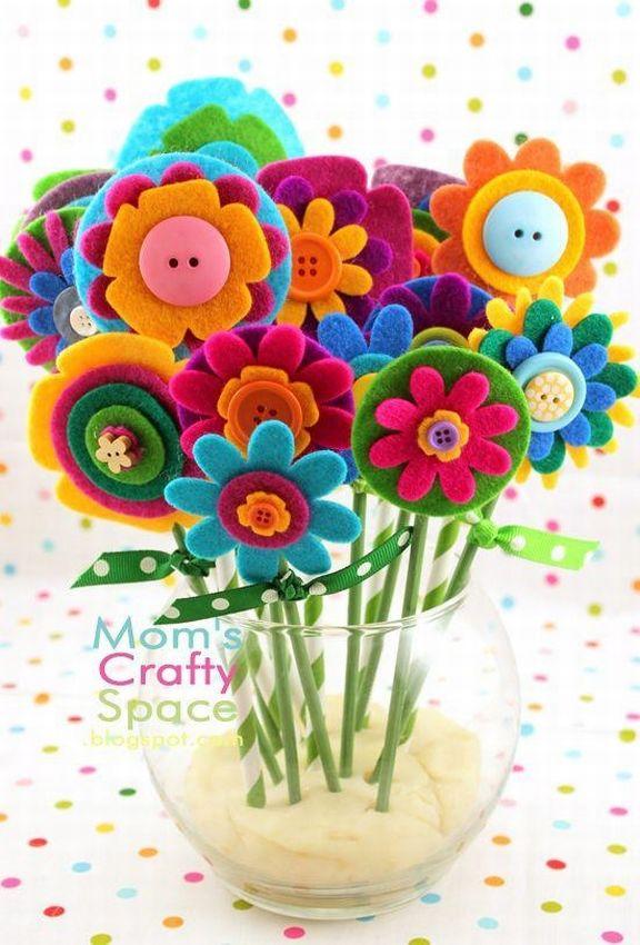 Открытка с цветами из фетра